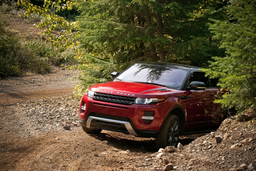 2012 land rover range rover evoque on location gallery winding road. Black Bedroom Furniture Sets. Home Design Ideas