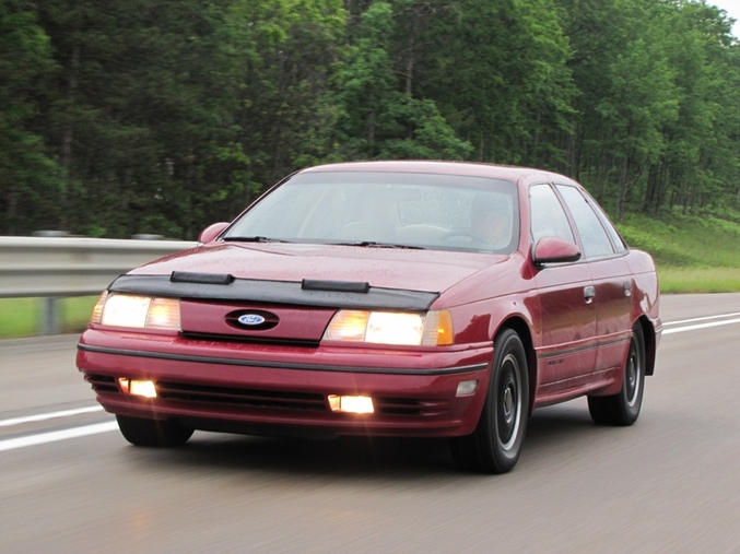 Ford Taurus Sho Race Car