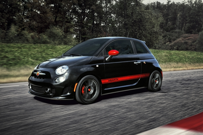 First Look 2017 Fiat 500 Abarth